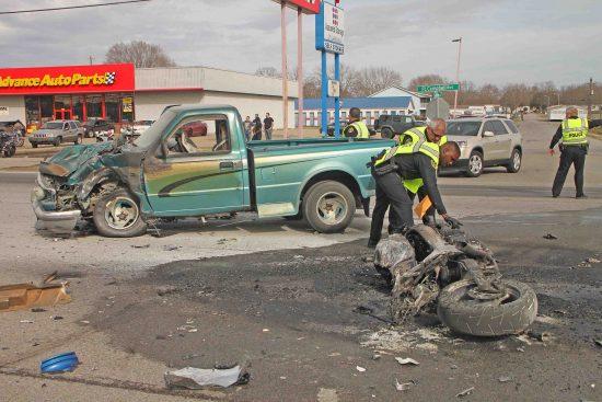 Motorcyclist killed in Clarksville crash