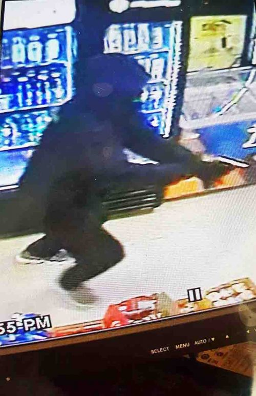 Clarksville PD seeking robbery suspect