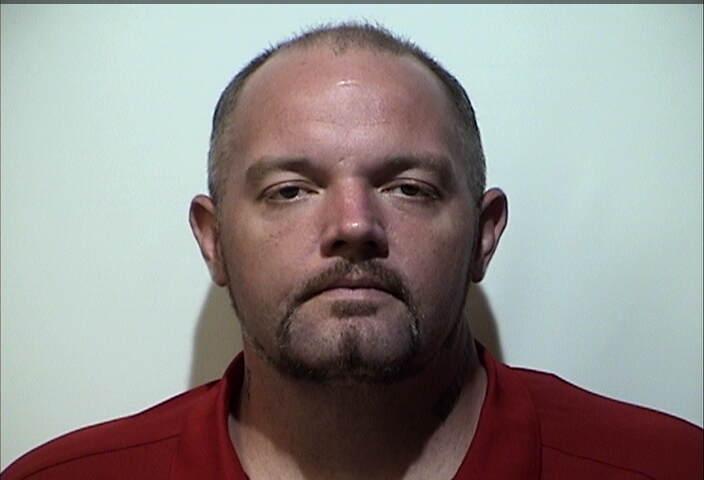 Man arrested for having stolen vehicle