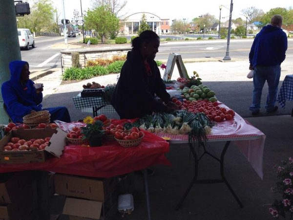 Downtown Farmers Market opens for first time in 2018