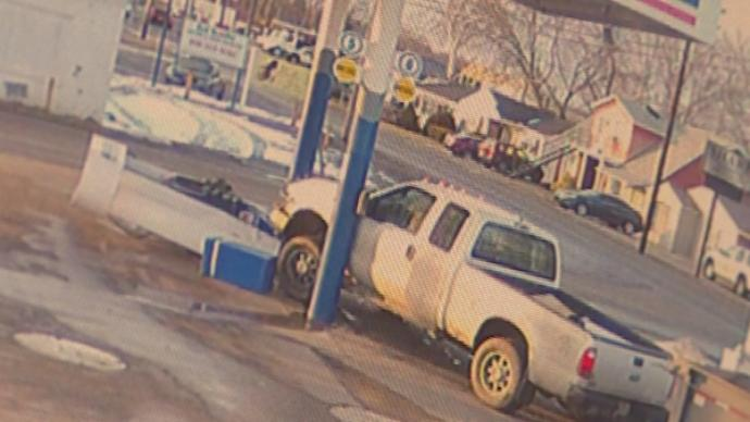 Driver in Boyd Co. Plows into Gas Pump