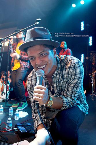 Grammy Recap: Bruno is the BIG winner!