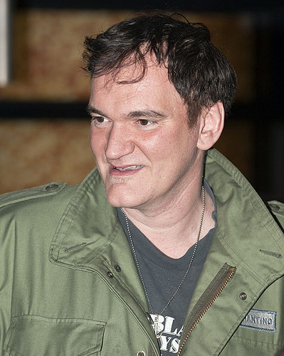 Quentin Tarantino apologizes to Roman Polanski rape victim!