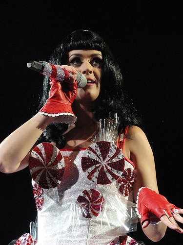 WATCH: Katy Perry Calls Orlando Bloom...What???