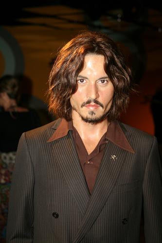 A drunken Johnny Depp attacks man on film set