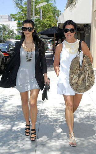 What Does It Take To Be Kris Jenner's Assistant? Well.....A Lot.