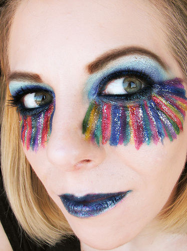 LOOK AT THIS! Woman's Glowing Review For 'Amazing' Eyeliner Goes Viral...here's why: