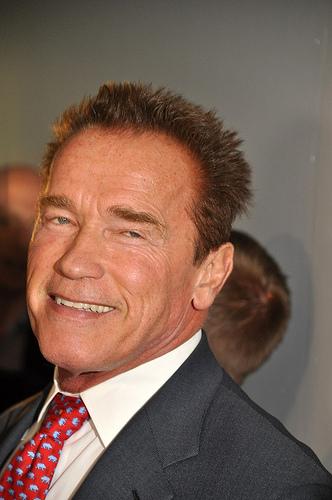 Arnold Schwarzenegger Has Emergency Open-Heart Surgery.