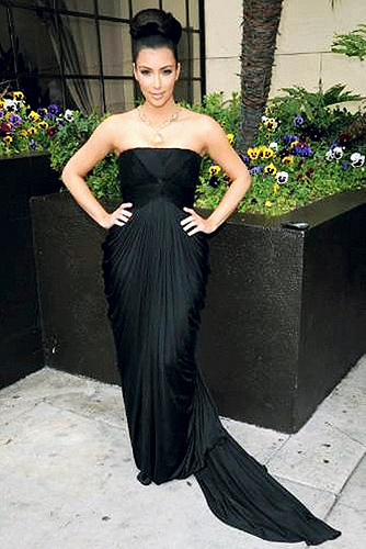 Kim Kardashian Goes on a Bikini Pic Posting Spree.