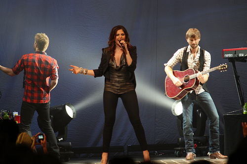 Lady Antebellum giving you the chance to win $10,000!