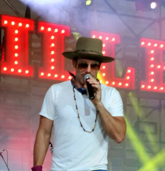 Country Hottie Drake White and His New EP