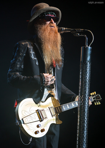 A Little Blooze from ZZ Top's Billy Gibbons!