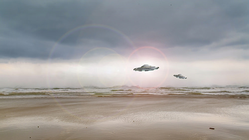 Did These Navy Pilots See a Real UFO???