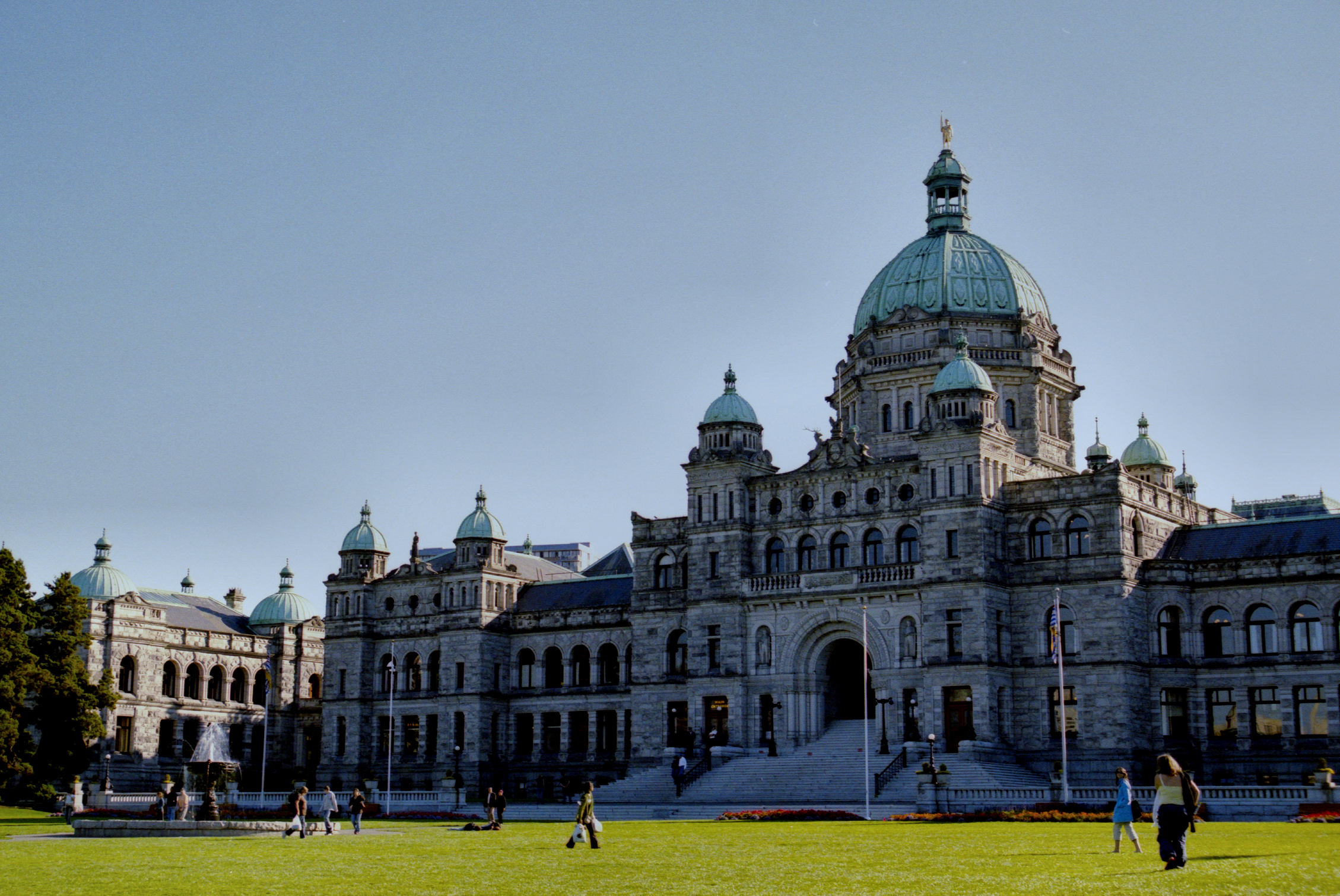 Trans Mountain pipeline expansion, and proportional representation to dominate the B.C Legislature today as MLAs return to work