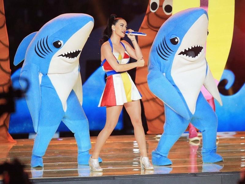 Katy Perry Got Game! #ShortBuzzz