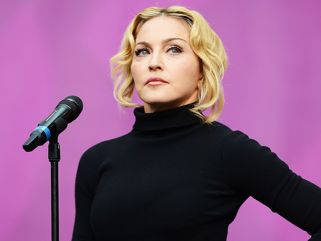When not to text Madonna #ShortBuzzz