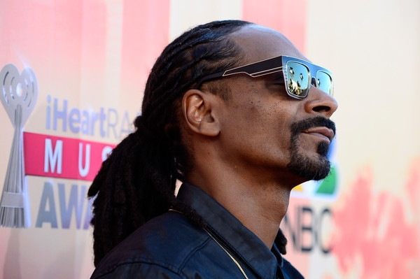 Snoop, Kelly, Avril and more #ShortBuzzz