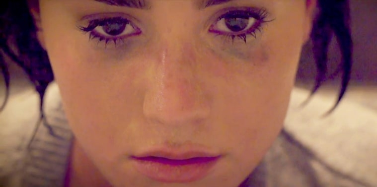 Demi, Taylor, Brits #ShortBuzzz