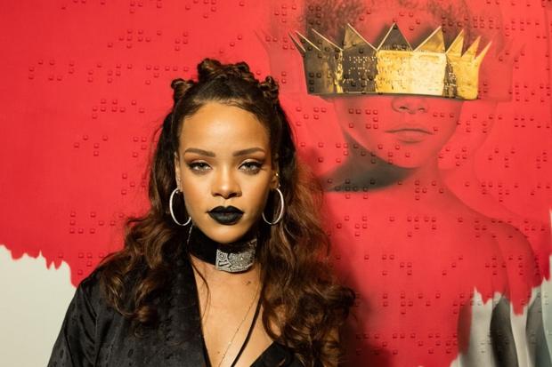 Rihanna, Beyonce, SAGs #ShortBuzzz