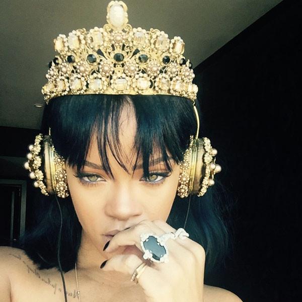 Rihanna, Shazzam, Adele, Tube #ShortBuzzz