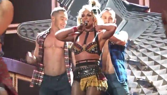 Britney,Taylor, Kesha #ShortBuzzz