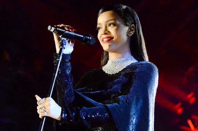 Rihanna, Meghan, Katy #ShortBuzzz