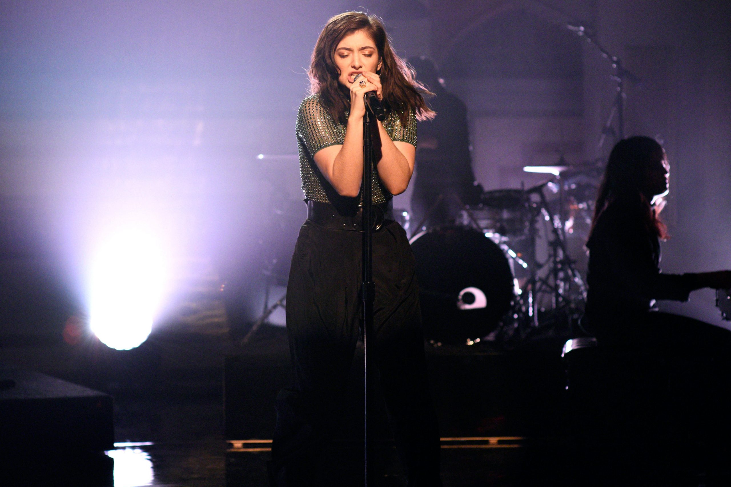 Lorde's dancing skills and more