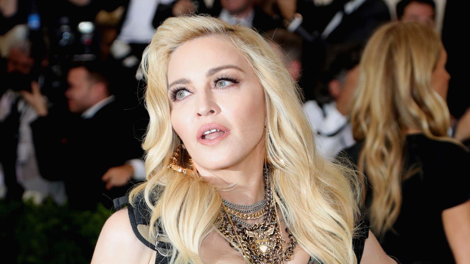 Madonna, Biebs #ShortBuzzz