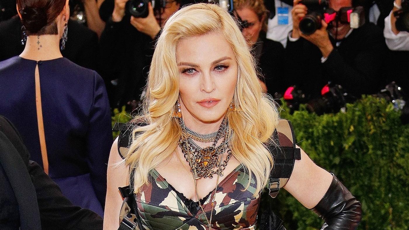 Madonna, Taylor #ShortBuzzz