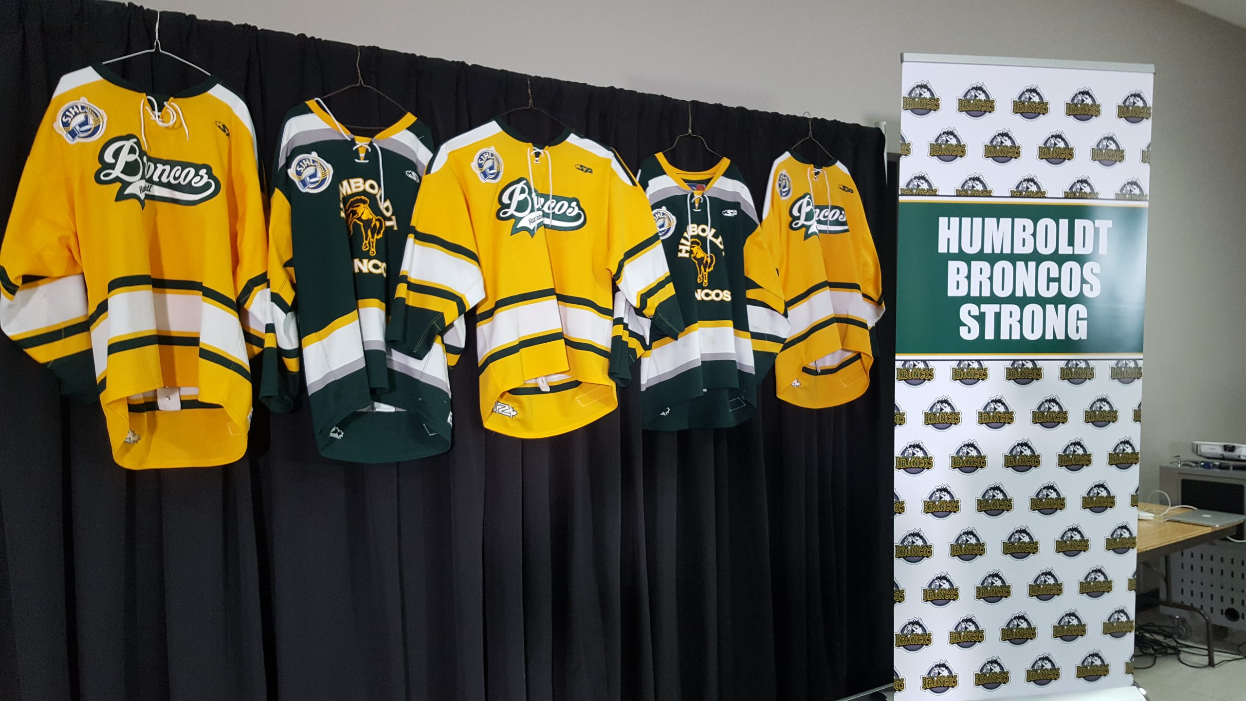 While Broncos Grieve, the SJHL Playoffs Are Suspended