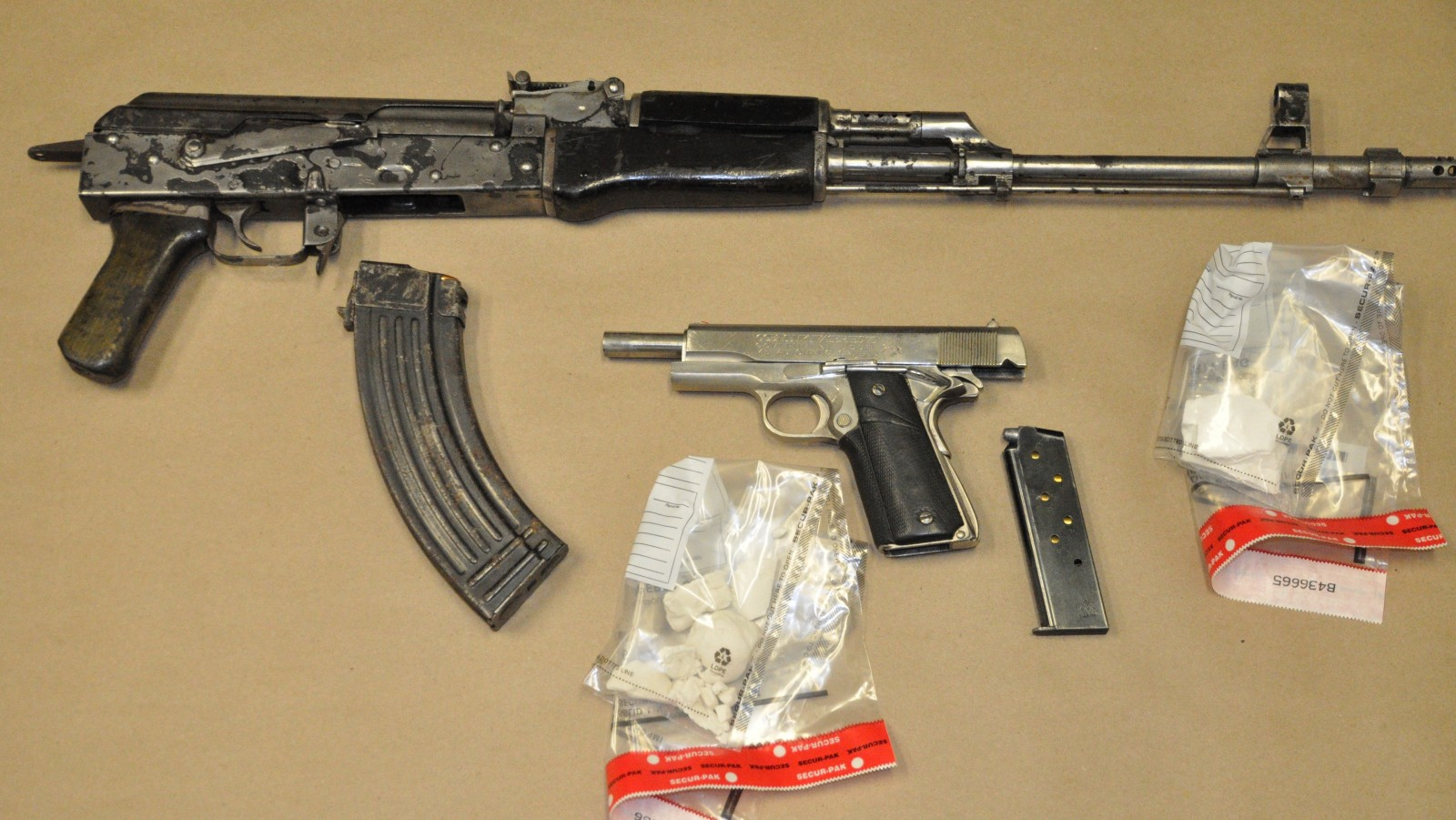 Two guns, nearly $10,000 worth of cocaine seized by London police