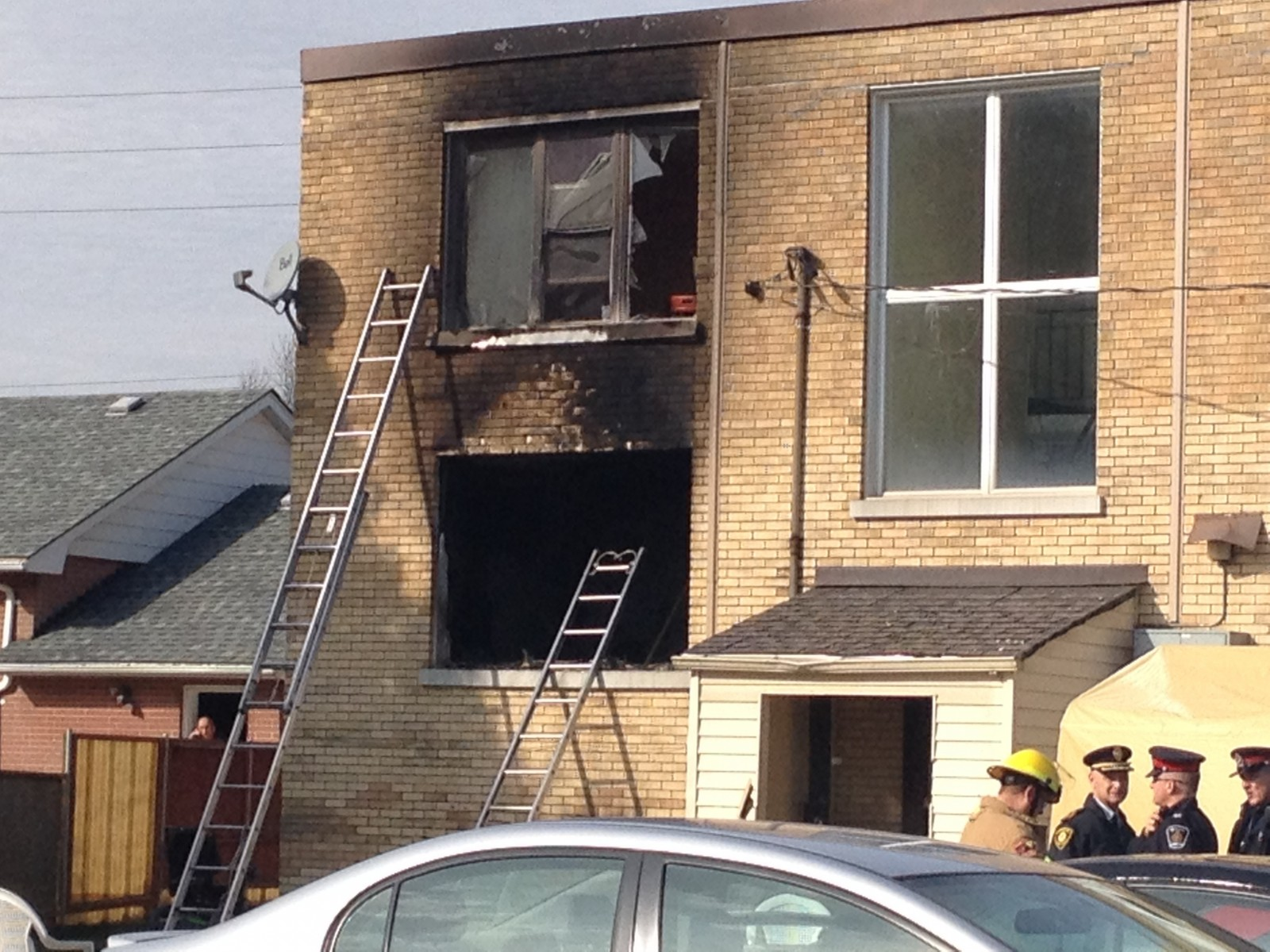 Update: Apartment building on Oxford street goes up in flames