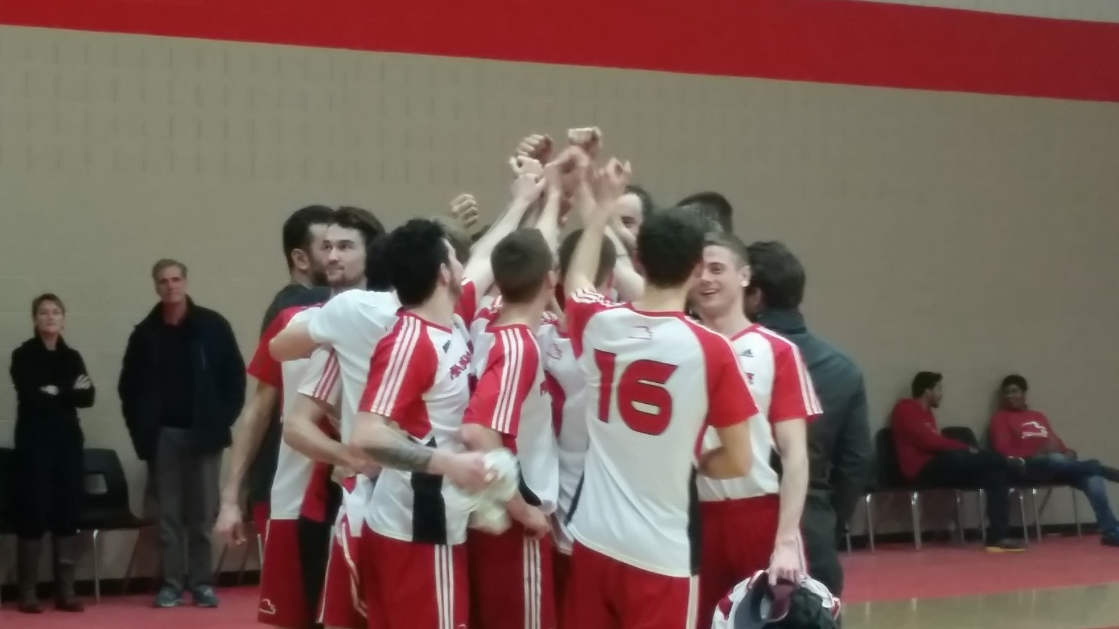Fanshawe dominates in volleyball