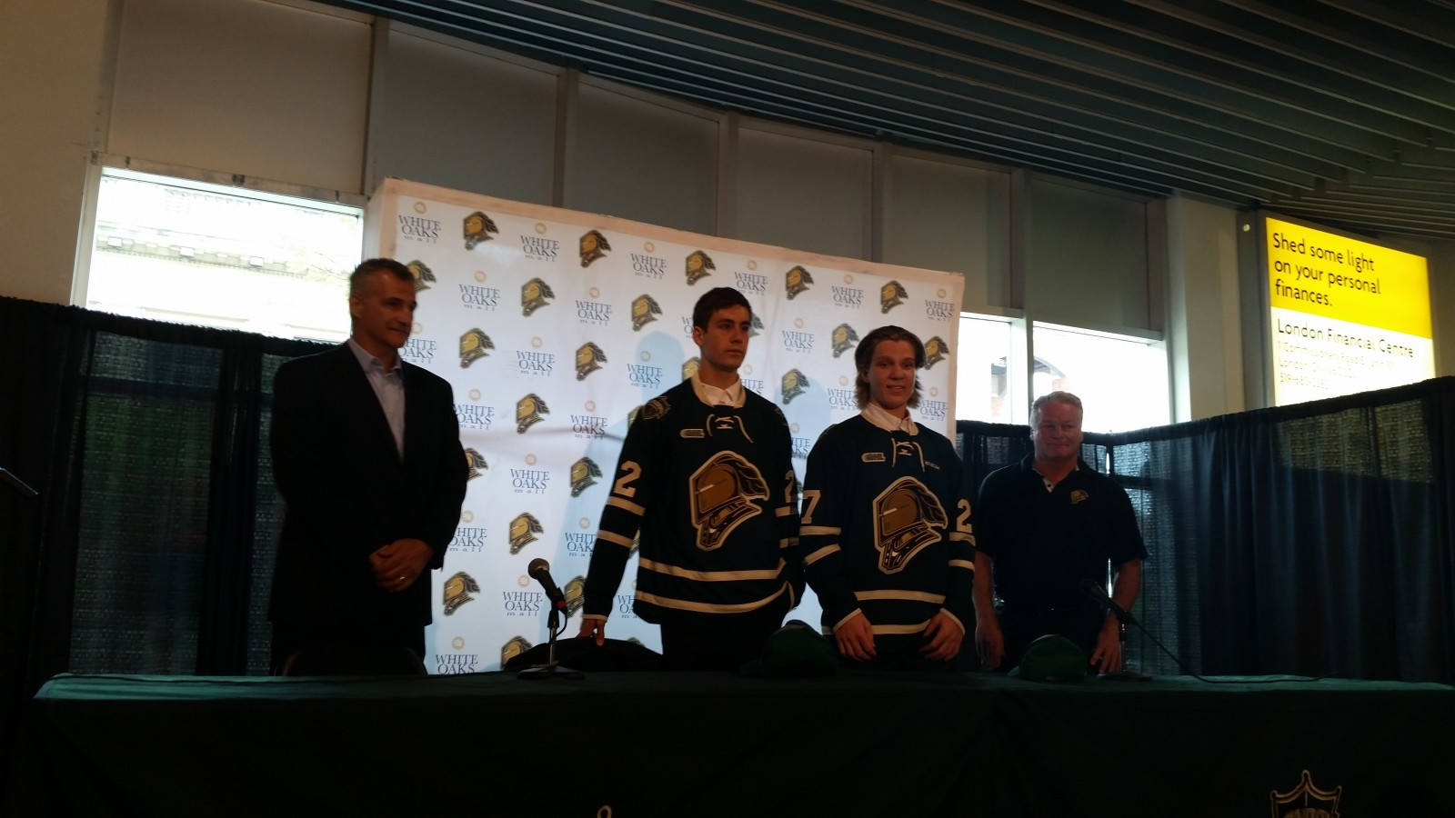 Bouchard and Thomas commit to Knights