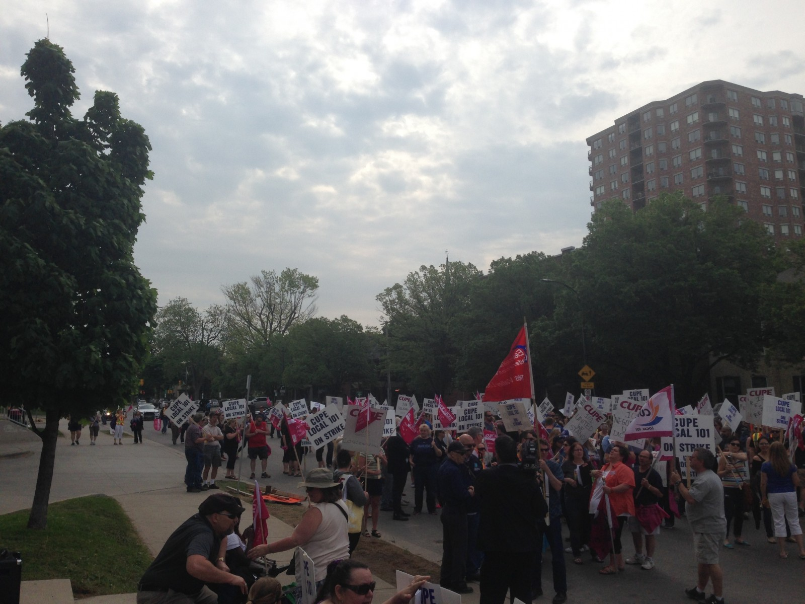 City clarifies its proposal to CUPE in hopes to resume talks