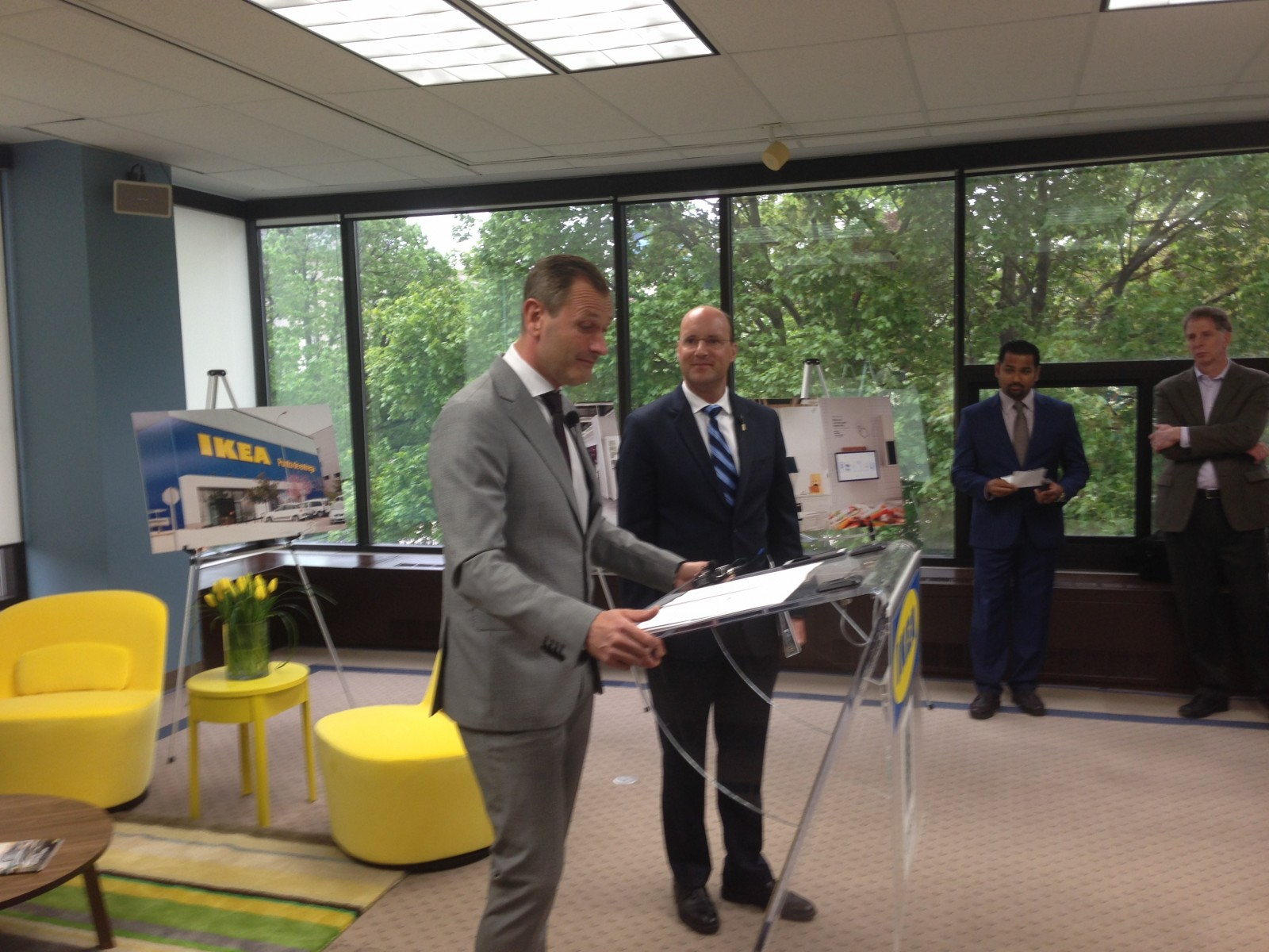 IKEA to open pilot store in London