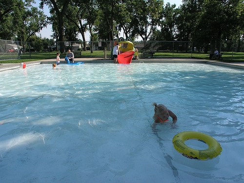 More lifeguards for London's wading pools, but still province wide shortage