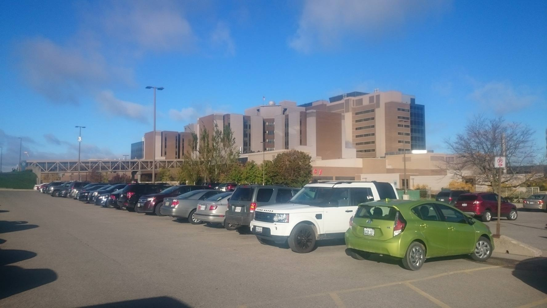 Should Hospital Parking Be Free?