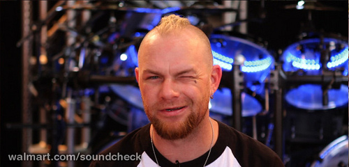 BREAKING!!!  Ivan Moody NOT leaving Five Finger Death Punch?