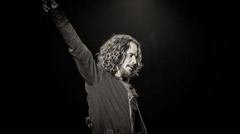 Robert Trujillo pays tribute to Chris Cornell