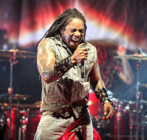 sQueeGee Talks With Lajon Witherspoon of Sevendust