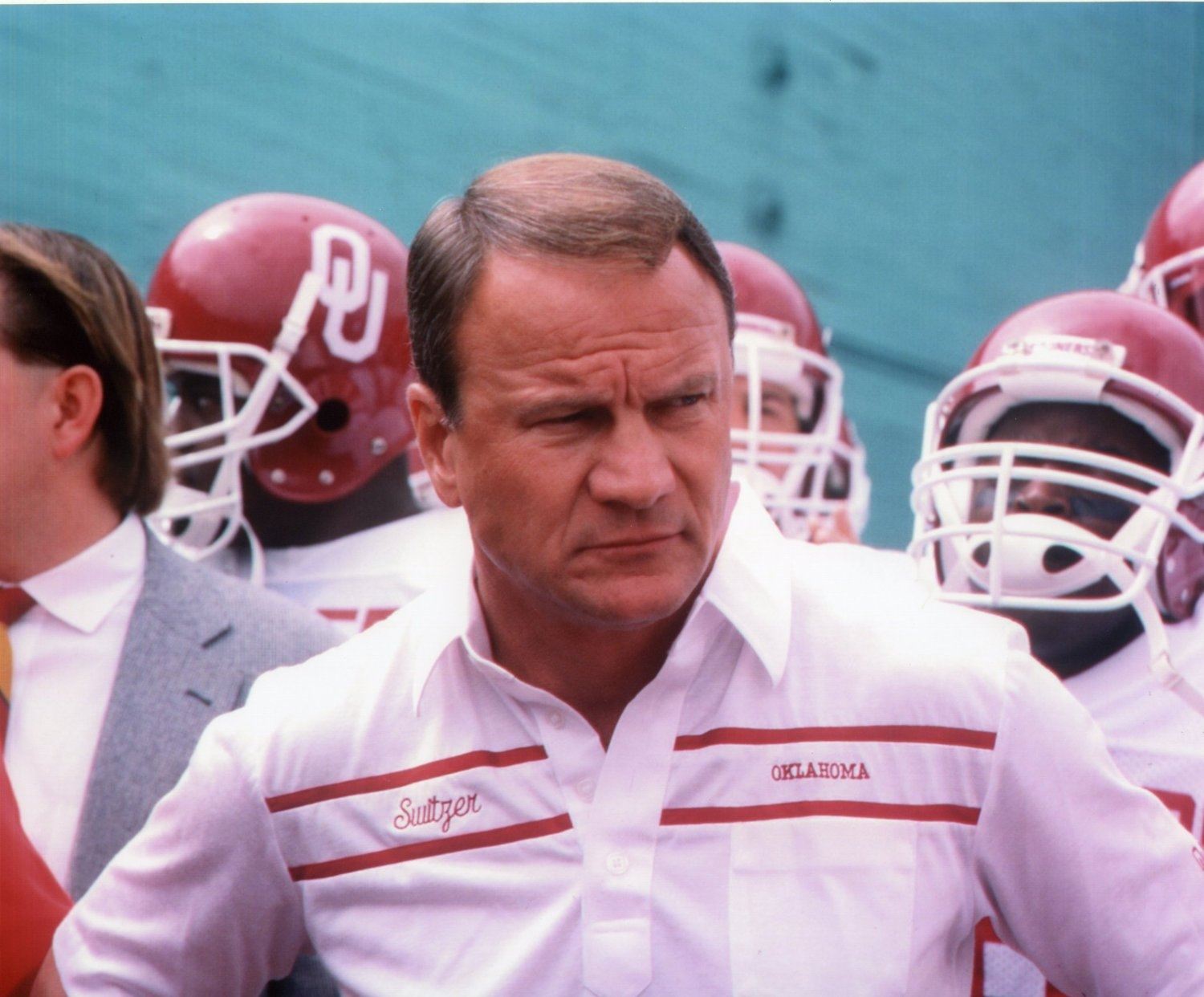 Hall of Fame Coach Barry Switzer Joins Darren & Derrick