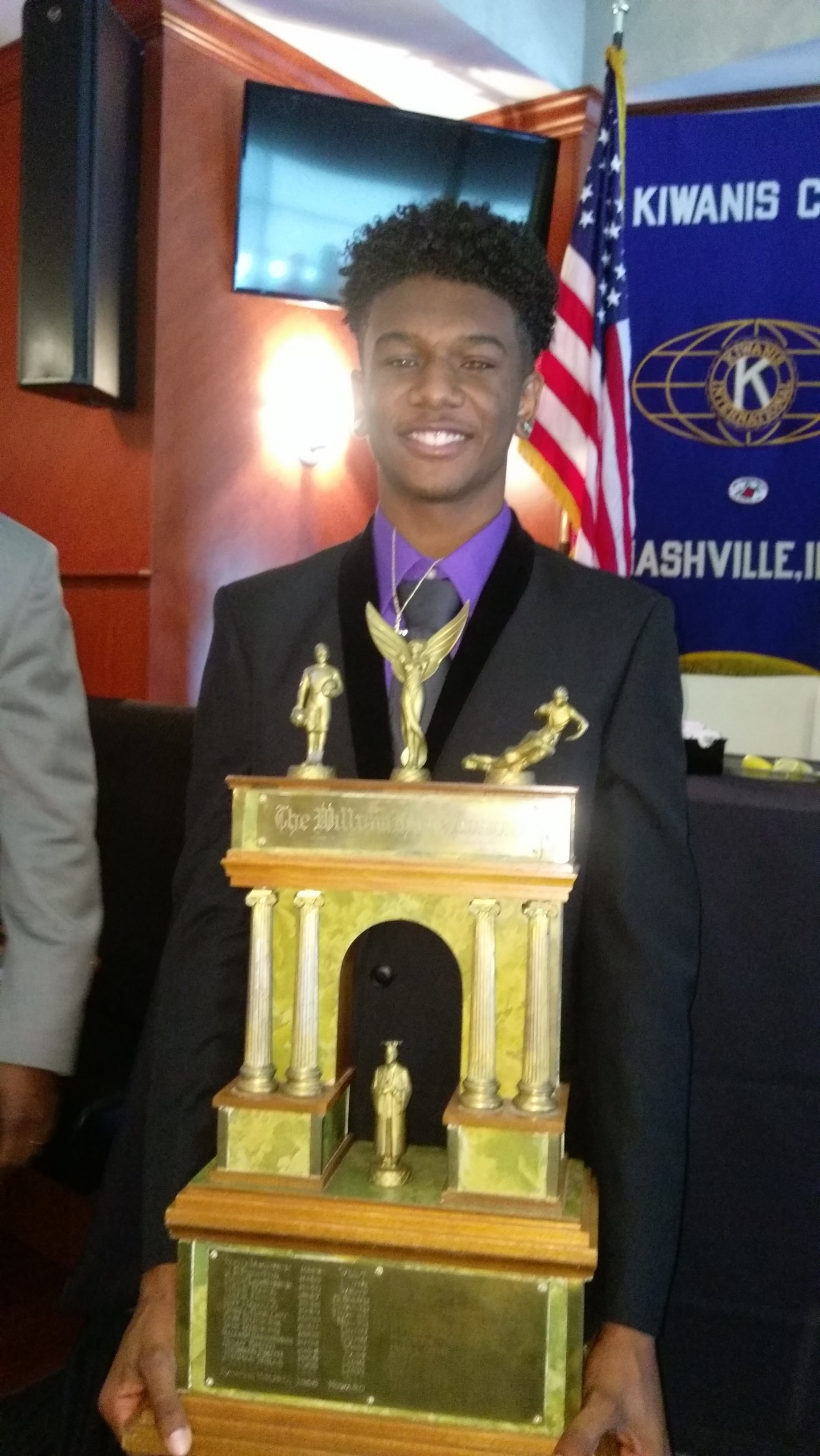 Cane Ridge QB D.J. Thorpe Wins Hume Award
