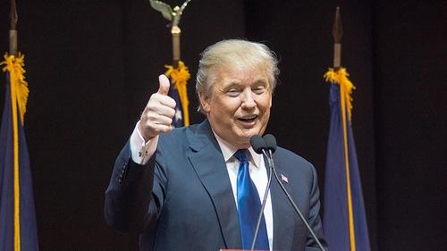 Rauner And Trump Speak Privately