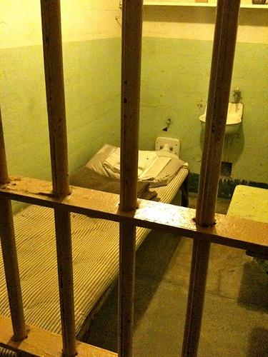 Reports Criticizes Policies At Illinois Women's Prison