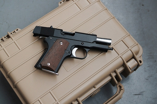 Chicago Lawmaker Pitches Tougher Gun Sentence Law