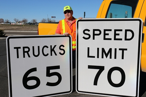 Senator Wants To Increase Illinois Speed Limit