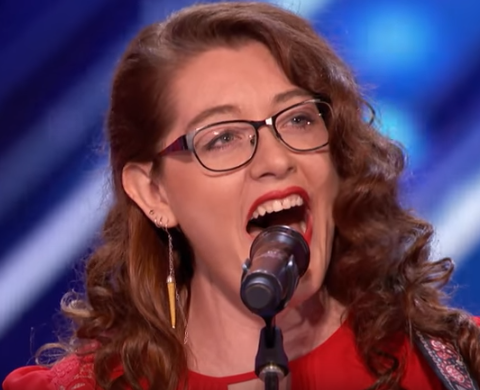 Mandy Harvey - She may have lost her hearing, but she still has the skill and talent! AMAZING!!!