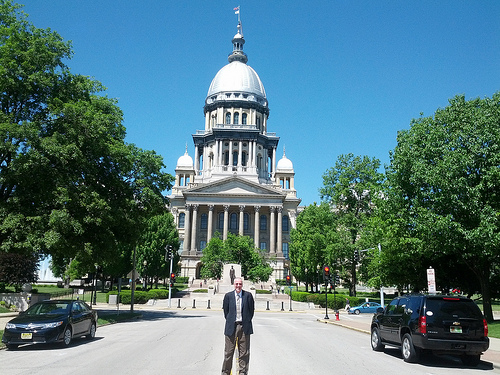 Governor Rauner Calls Lawmakers Back To Capitol For School Funding