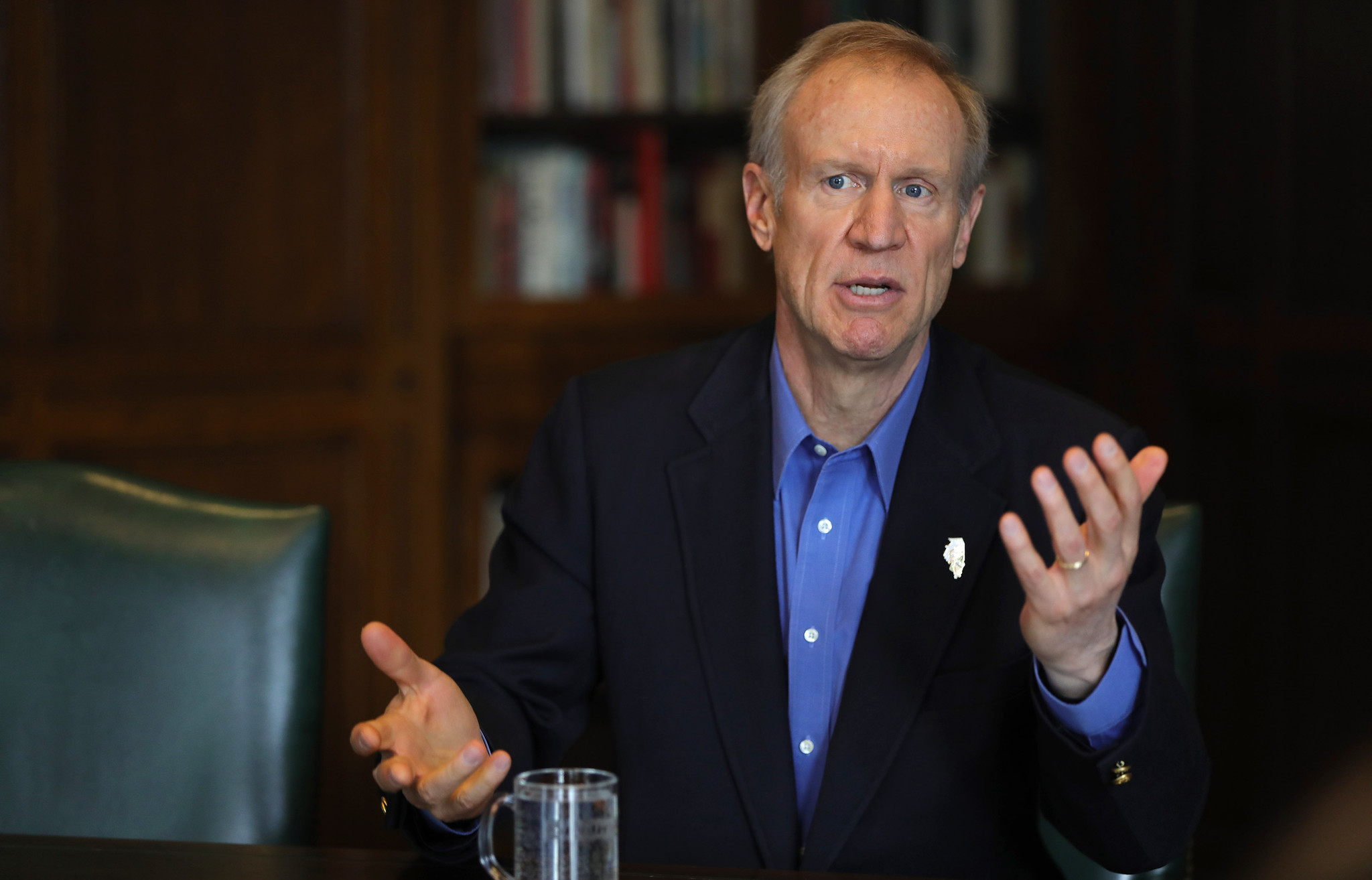 Governor Rauner Kind of Clarifies Gun Control Wishes